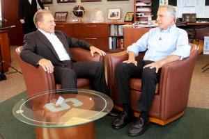 Tom Trudeau Talks with Coach Izzo