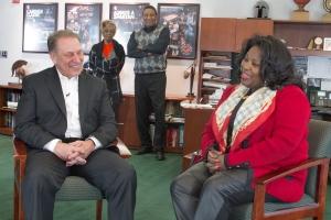 Lisa Phillips Talks with Tom Izzo